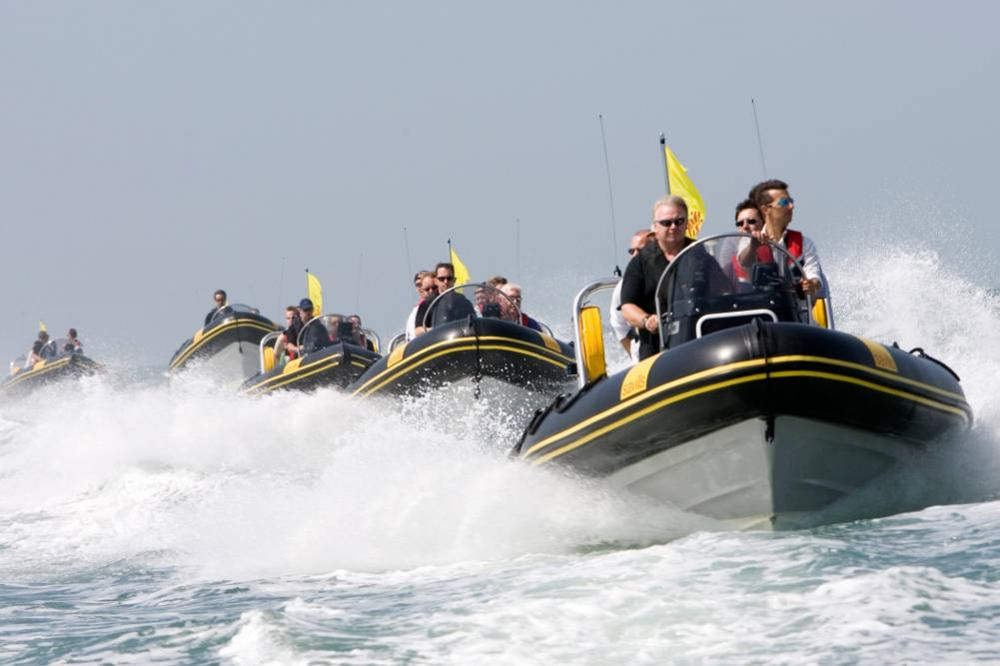 Solent Rib Treasure Hunt line astern
